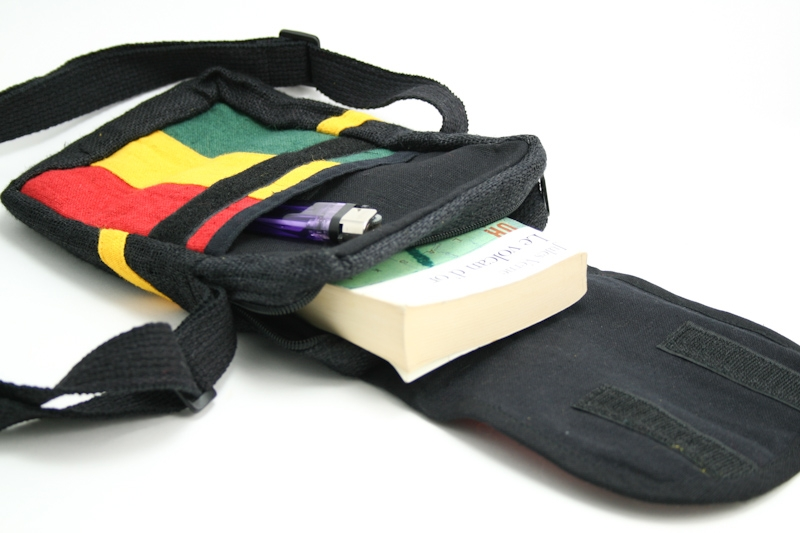 sac chanvre bandouliere feuille de cannabis velcro zip boutique. Black Bedroom Furniture Sets. Home Design Ideas